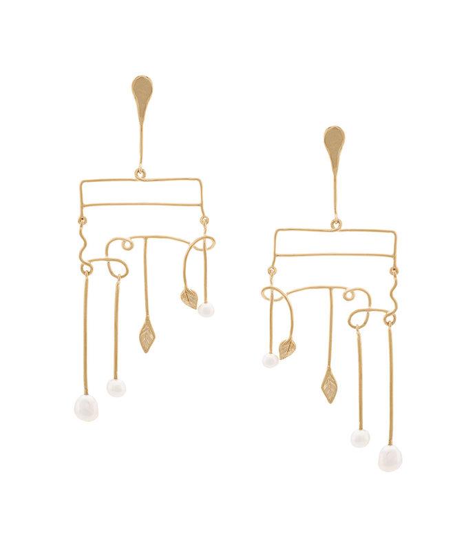 gold sirocco pearl earrings