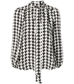 moss v neck houndstooth top