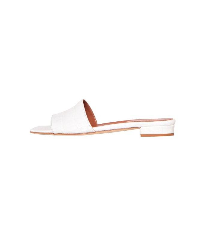 moc croco square toe flats in white