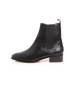 thora boot in black