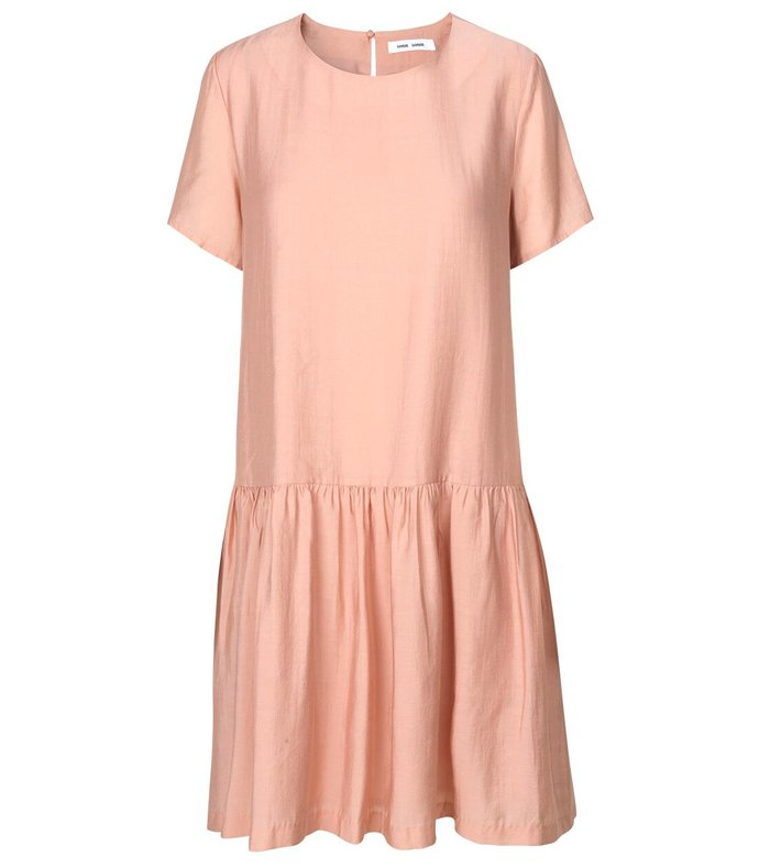 mille short sleeve dress in misty rose