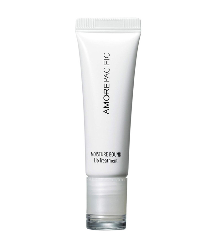 moisture bound lip treatment