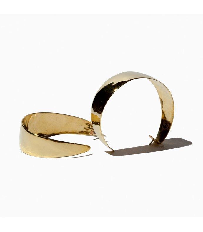 anais gold hoop earrings