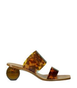 jila round heel sandal