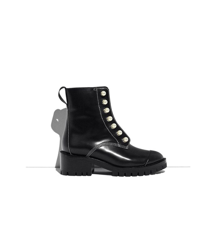 black hayett pearl boot