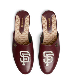 leather slipper with sf giants™ patch