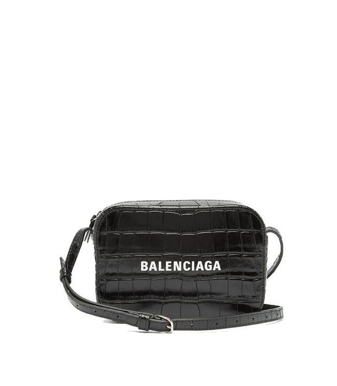 everyday camera xs cross-body leather bag