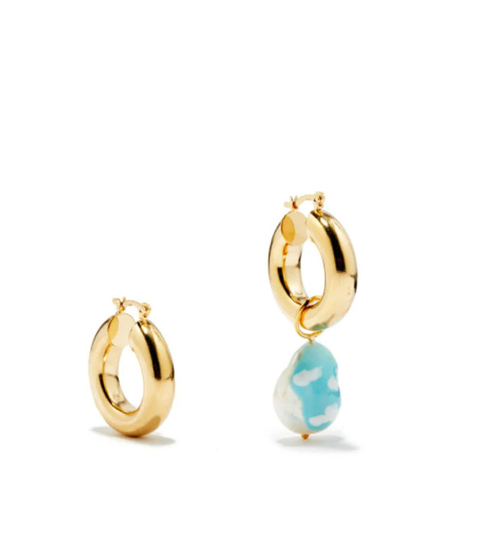 sky's the limit mismatched gold-plated earrings