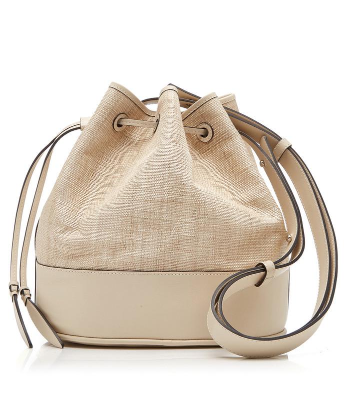 leather-paneled raffia shoulder bag