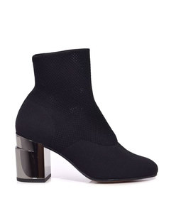 keane boot in black