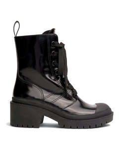 bristol laced up boot in black