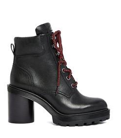 crosby hiking boot in black