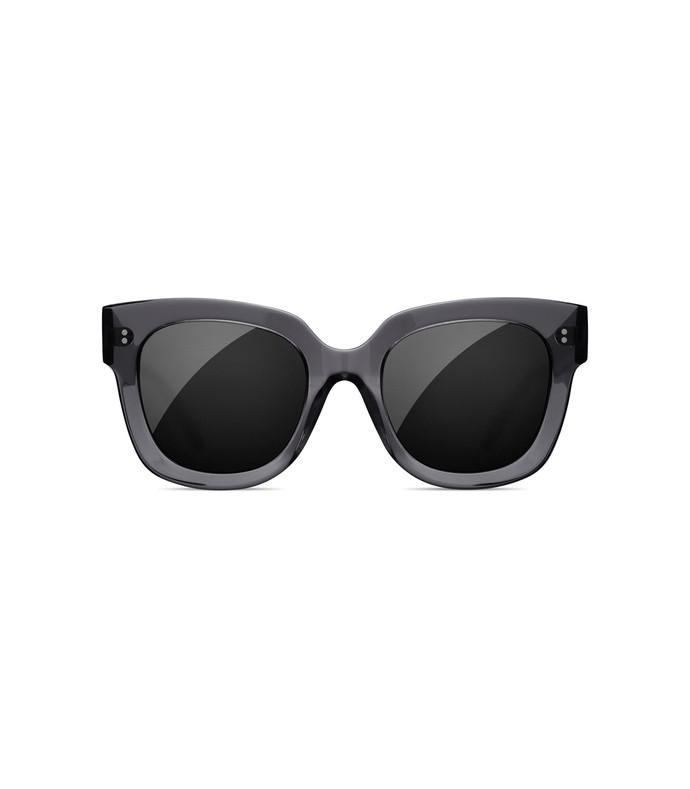 #008 black sunglasses in ginger