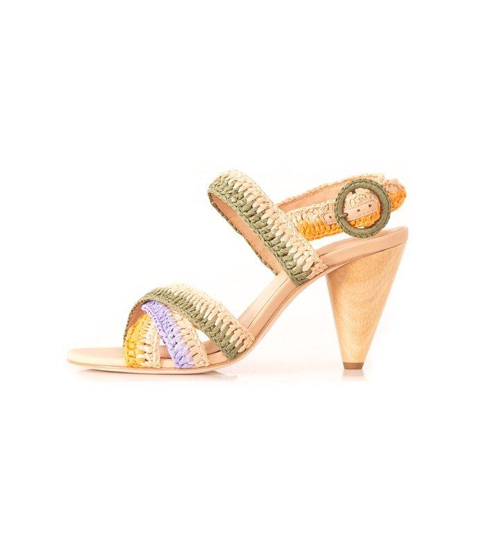 della heel in pastel