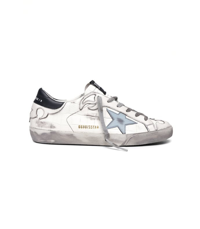 superstar sneaker in white cocco/clouds star