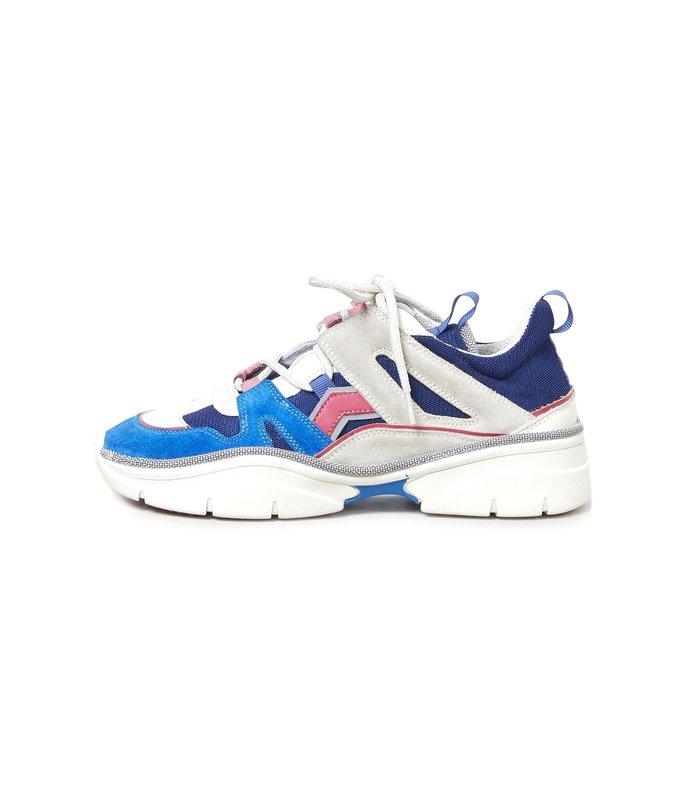 kindsay sneaker in electric blue