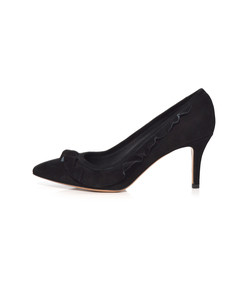 black poween pump
