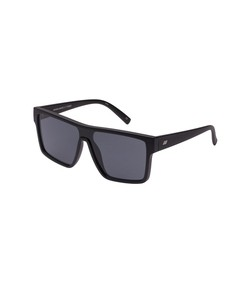 minimal magic sunglasses in matte black