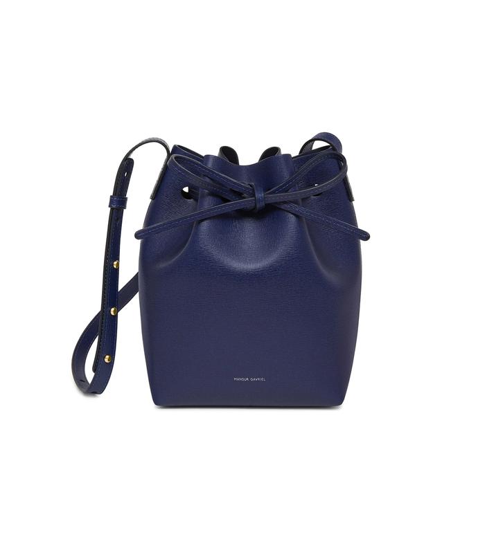 saffiano mini bucket bag in blu/blu