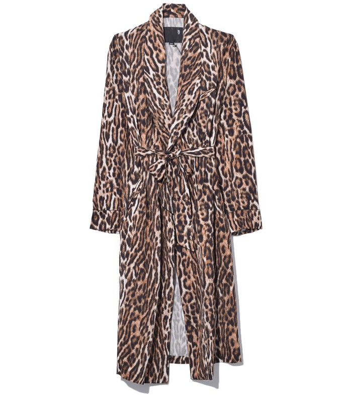 smoking robe with piping in leopard