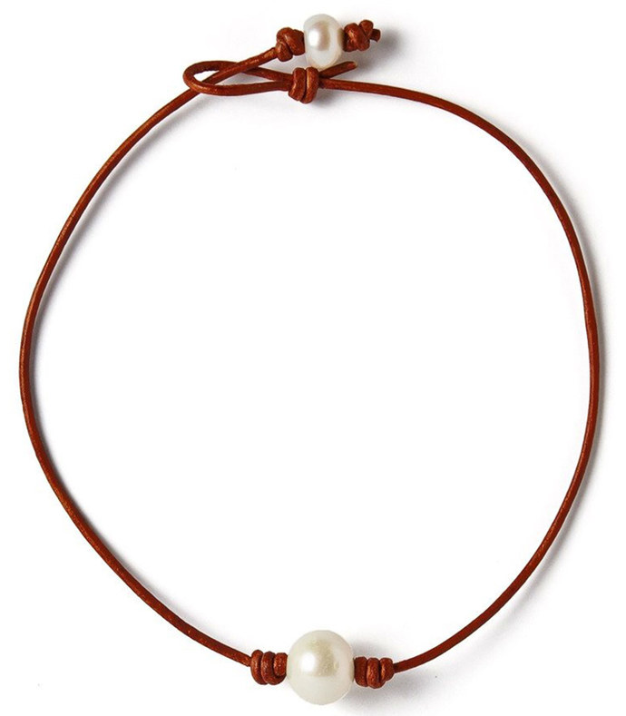 single freshwater pearl and leather choker